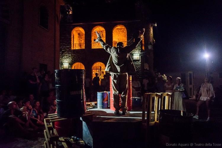 Marco Polo ad Apricale: torna la magia del Teatro della Tosse