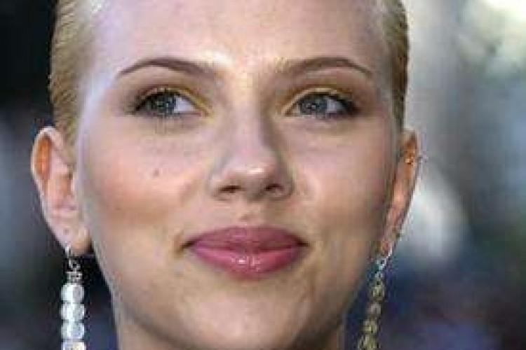 E' Scarlett Johansson la più sexy del pianeta