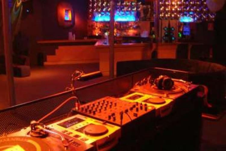 Db-Night al Fly: sul palco i grandi del momento