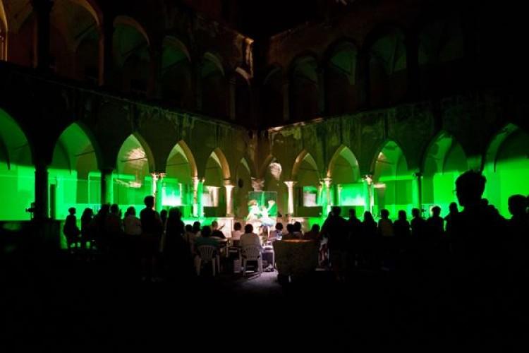 SPECIALE TEATRO-FESTIVAL-ITALIA: Cinque piccoli pezzi sul nostro futuro