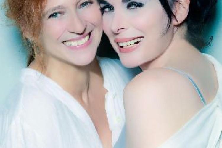 Una strana coppia tutta al femminile al Teatro Donizetti di Bergamo