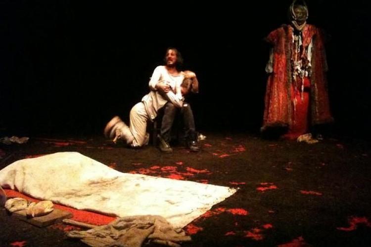 Special Fringe - Il serial killer e la Vergine, in nome del Sangue
