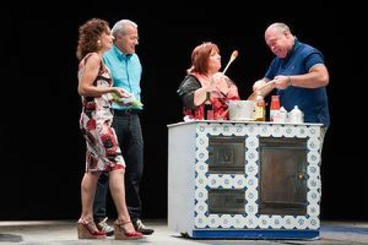 Lezioni di cucina dal palco del Teatro Festival