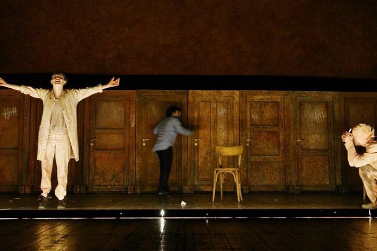 'Il cane, la notte, il coltello' al Piccolo Teatro Studio, a Milano