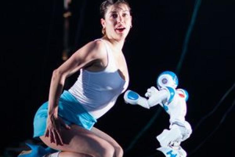 A Civitanova Danza ballano i robot