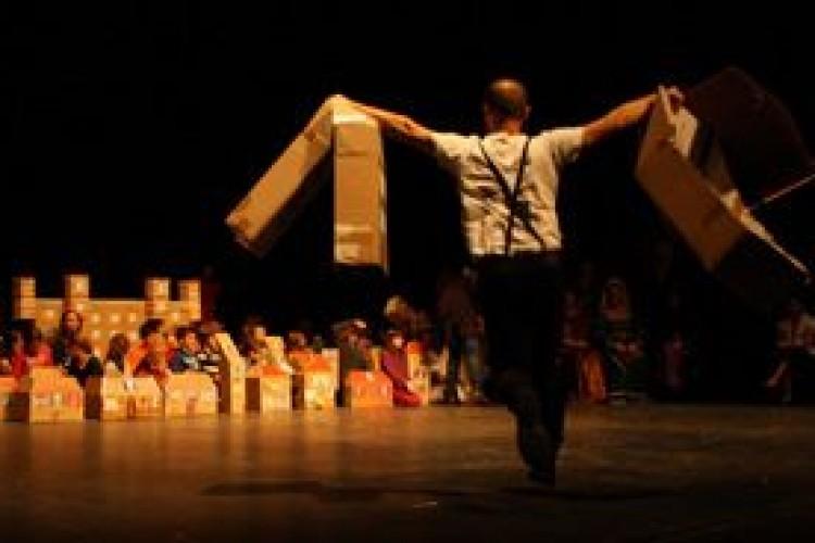 A Moncalieri (TO), Teatro di Giornata. Il teatro al servizio di una comunità