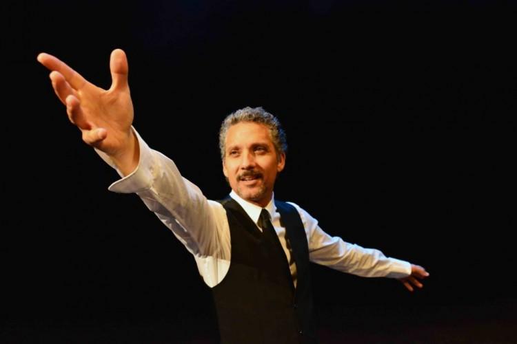 Giuseppe Fiorello ricorda Modugno al Teatro Verdi