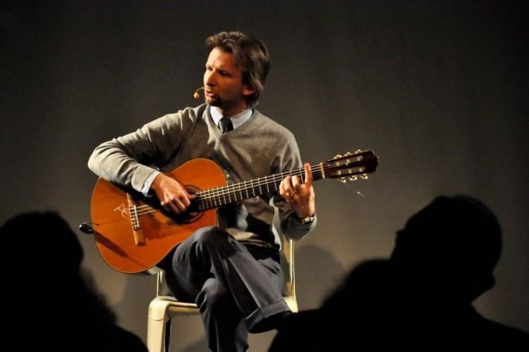 La vita di Giorgio Ambrosoli si trasforma in teatro canzone a Milano