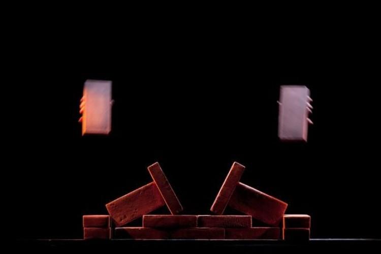Speciale NTFI 2014: Mura, armonia di sguardi ed attese