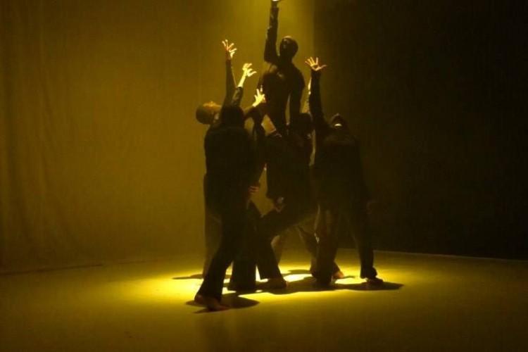 SPECIALE RFF 2014: Tra coreografia e teatro '7 Peccati Capitali'.