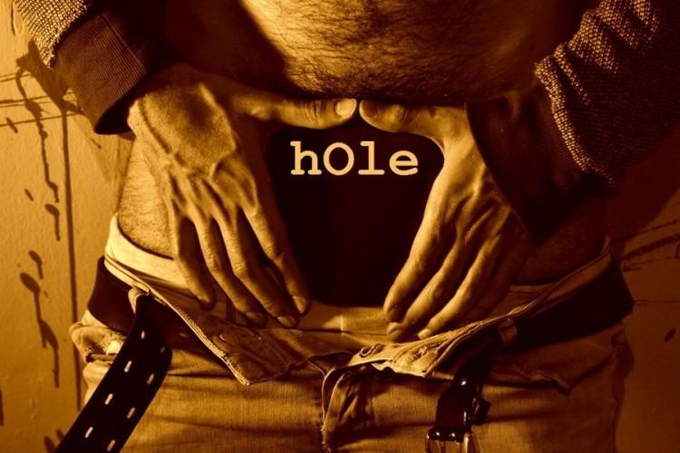 "SPECIALE RFF 2014 ""Hole"" l'(a)normale variante del comportamento umano"