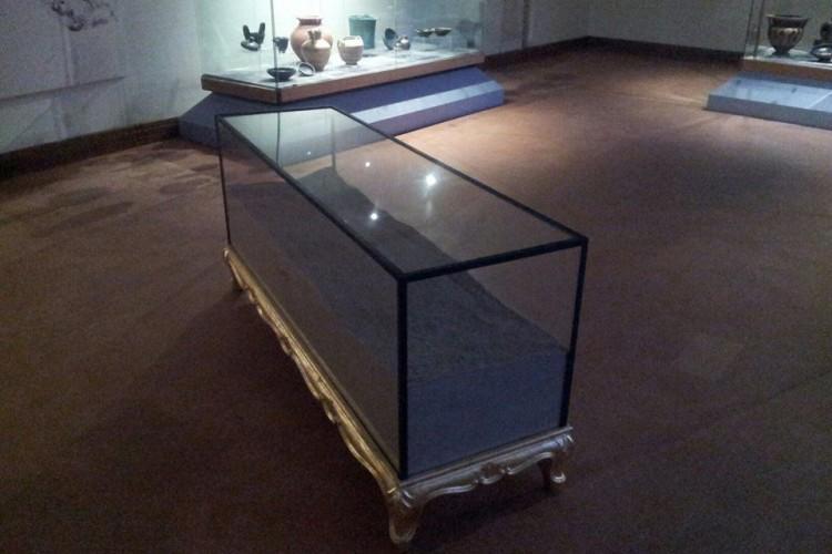 Inutile chiedere alla polvere: Tosatti e i dubbi dell'arte e della storia