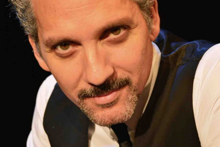 Giuseppe Fiorello si racconta sulle note di Modugno