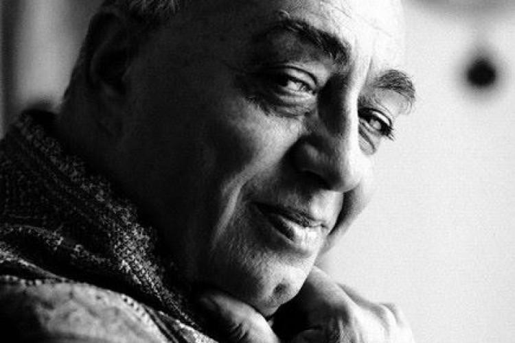 'Ci vediamo poco fa' con Peppe Barra sostituisce lo spettacolo sulla Guggenheim