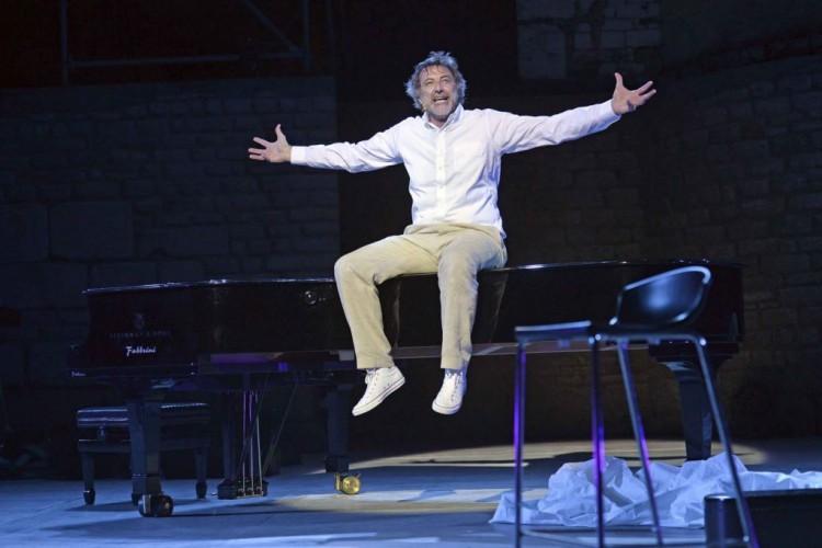 Luca Barbareschi ed i suoi 40 anni di carriera