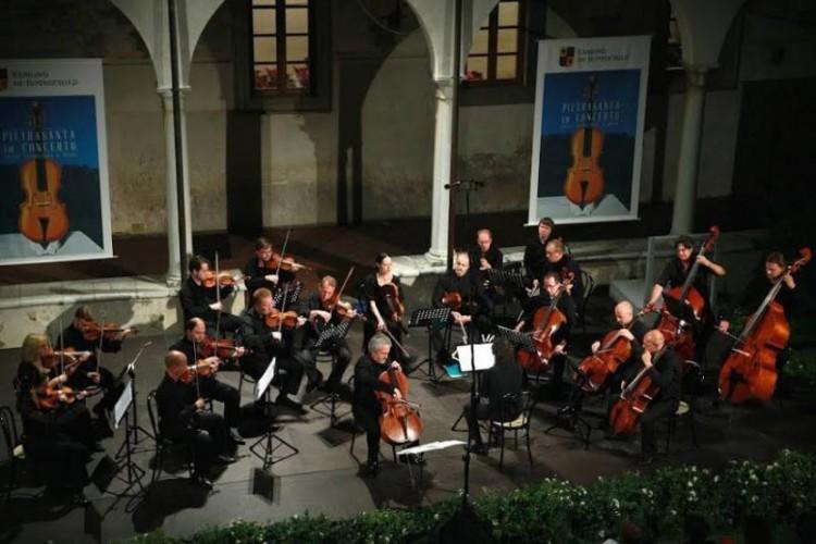 La IX edizione di 'Pietrasanta in Concerto'.