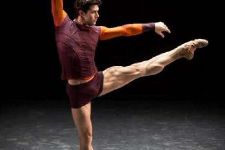 Alla Versiliana ''Roberto Bolle and Friends''.
