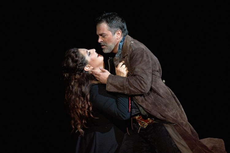 Un infuocato Trovatore al Macerata Opera Festival