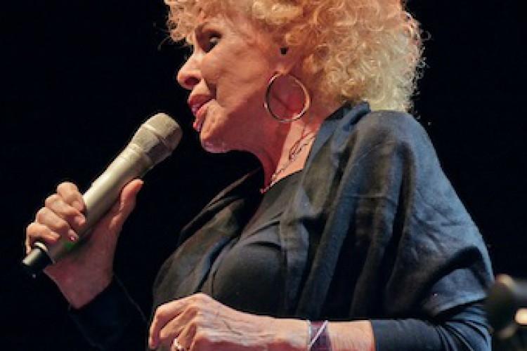 Ornella Vanoni al Pomigliano Jazz Festival con i suoi più grandi successi
