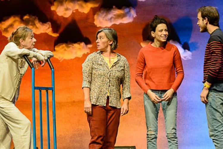 'Tropicana' debutta al Teatro della Tosse di Genova