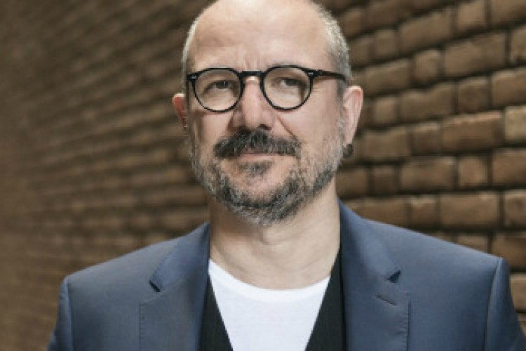 Santa Estasi, caso teatrale dell'anno - Intervista ad Antonio Latella