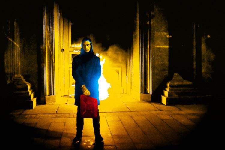 "Belarus Free Theatre a Vie Festival con ""Burning Doors"""