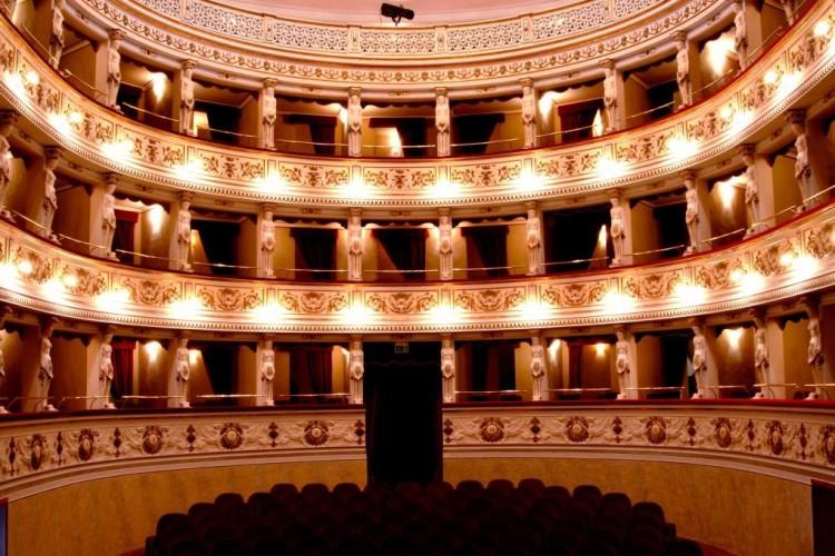 Montegiorgio: grande teatro