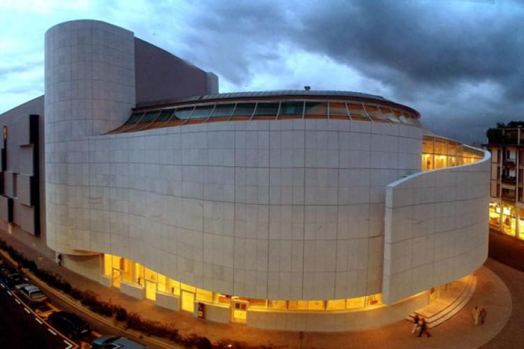 Il Teatro  Verdi di Pordenone apre le porte agli 'instagramers'