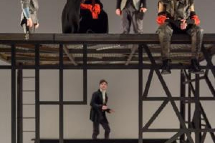 Tra rivolta e incertezza: il Teatro della Tosse presenta 'I giusti' di Camus
