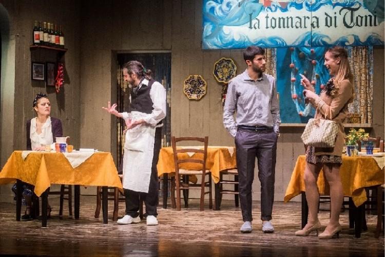 'Bedda Maki' e la commedia brillante al Teatro Martinitt