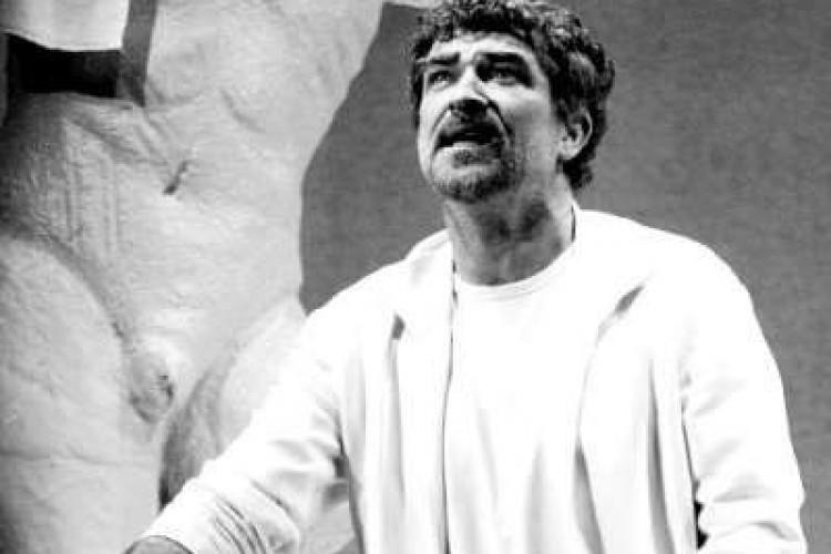 """Gioele Dix: """"Il teatro deve essere un rito"""""""