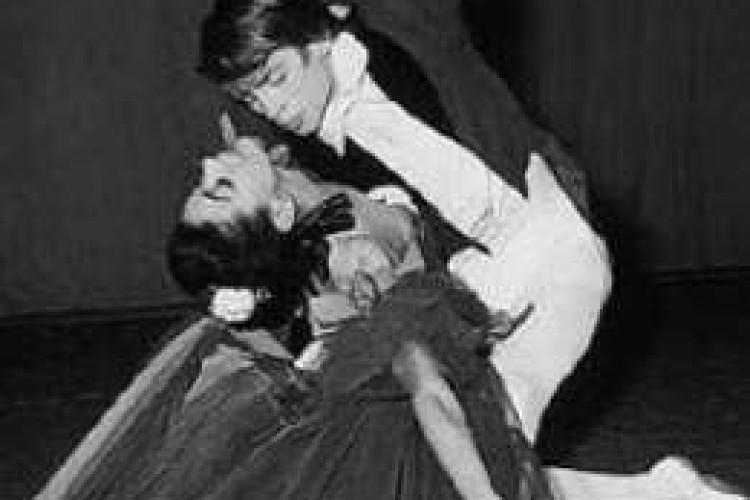 Scultura in movimento: il grande Nureyev