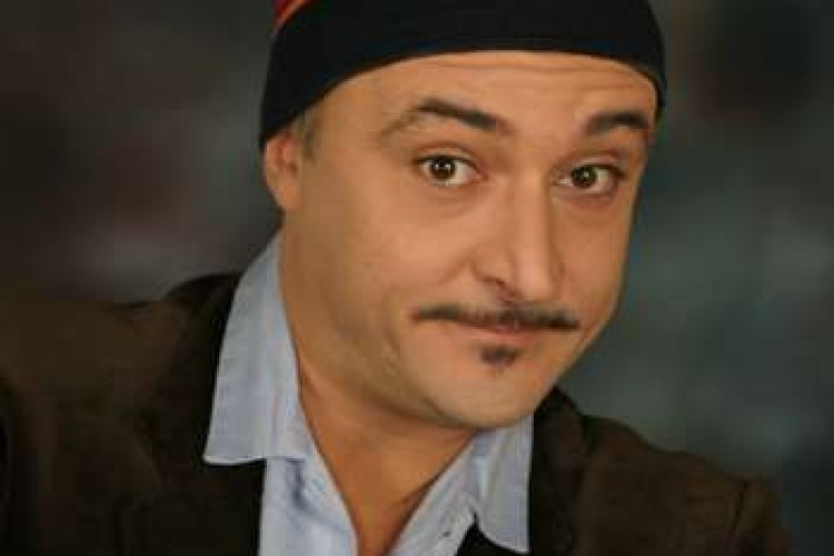 Paolo Caiazzo, quando il cabaret incontra il teatro